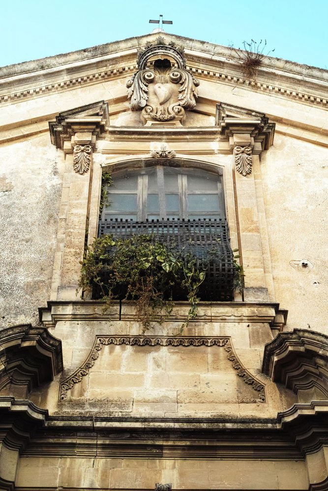 balconies_sicily_thevoyageur (1)