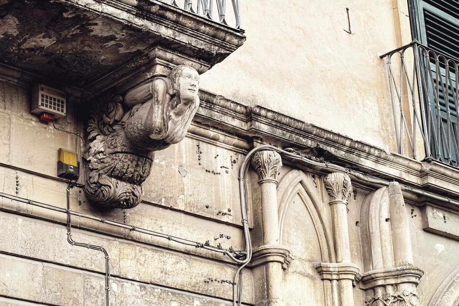 balconies_sicily_thevoyageur (3)