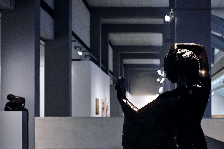 modern_art_center_lisbon_portugal_thevoyageur03