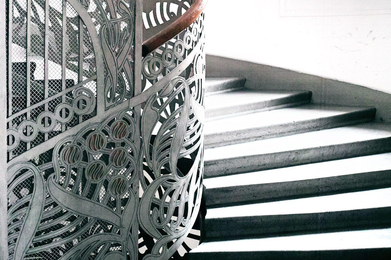 staircase_vienna_austria_thevoyageur05