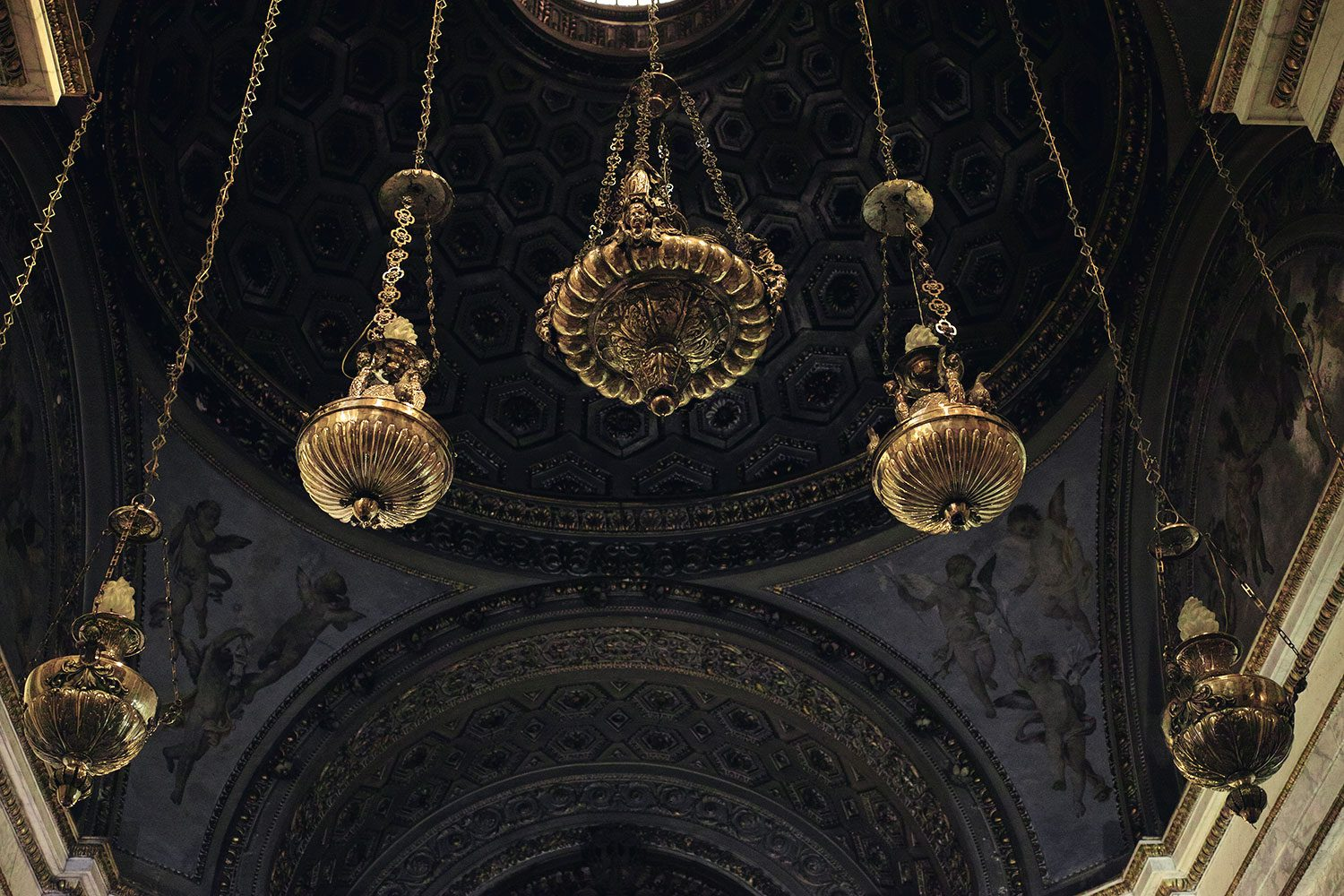 panorama__chandelier_sicily_thevoyageur003