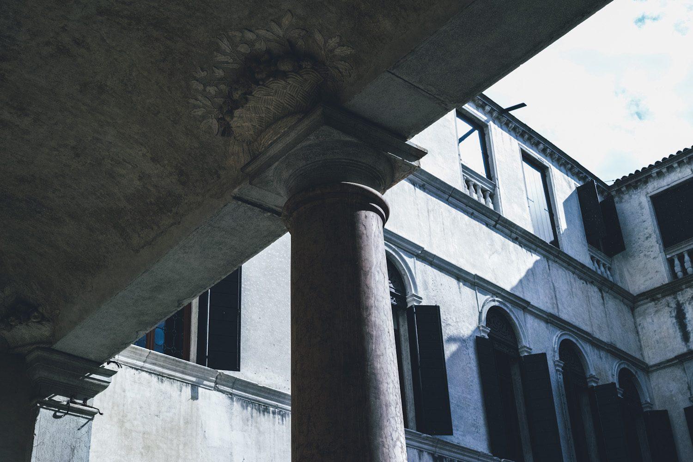 palazzo_grimani_venice_italy_thevoyageur030