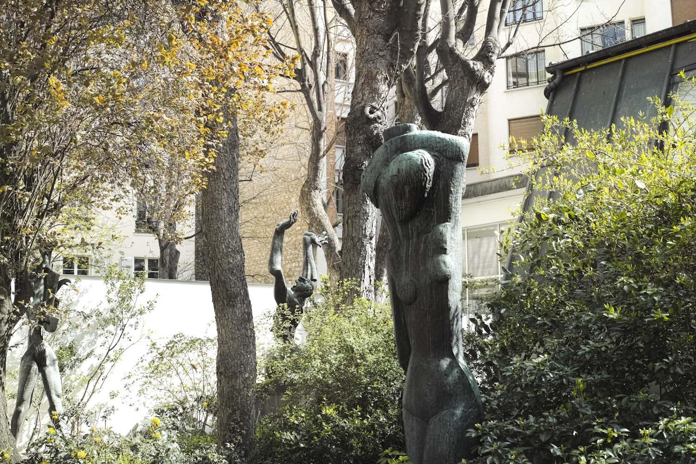 zadkine_museum_paris_france_thevoyageur008