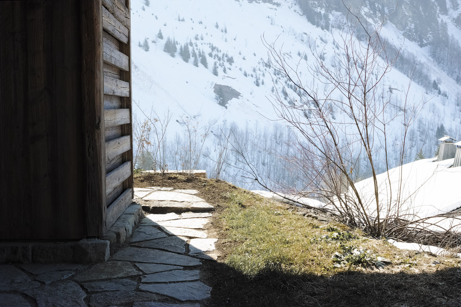 paradisesearch_chalet1864_legrandbornand_france_thevoyageur040