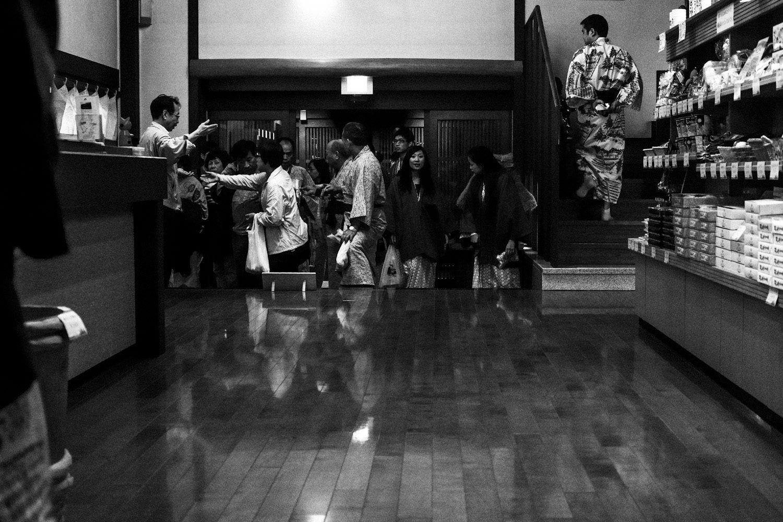 onsen_shirakawago_japan_thevoyageur (2)