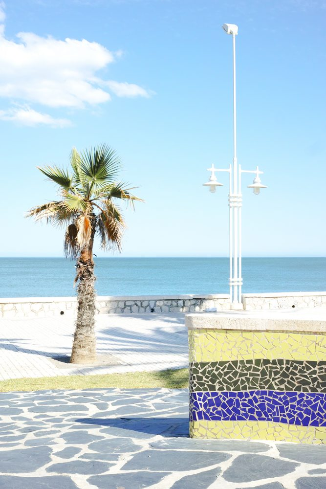 malaga_beach_spain_thevoyageur009