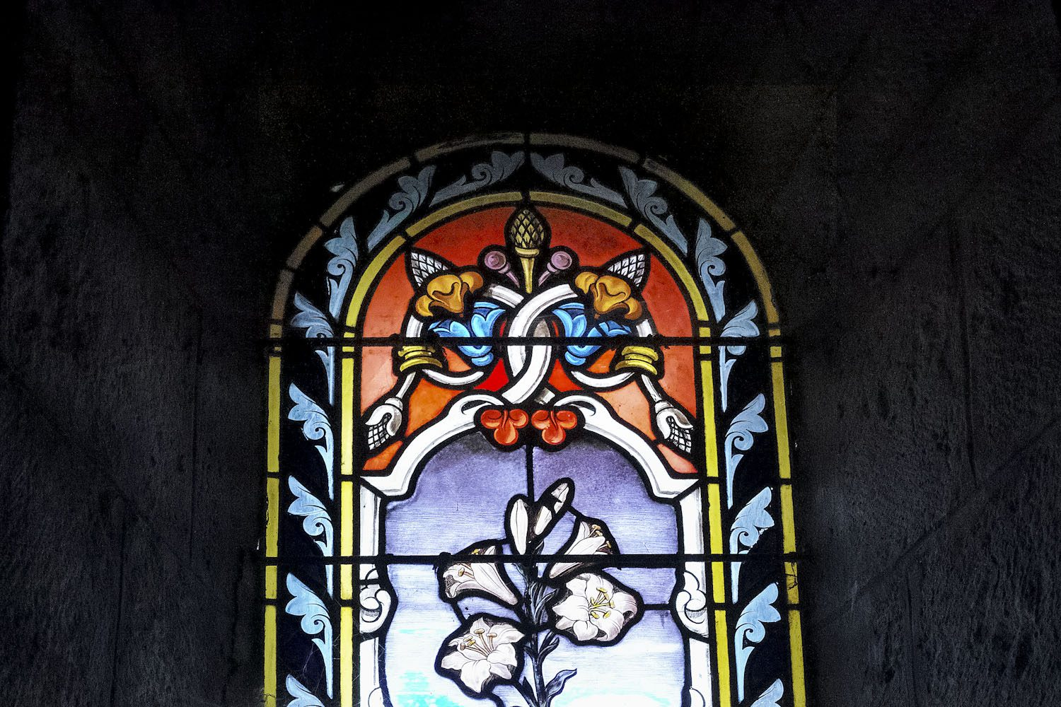 stained_glass_windows_cantal_france_finland_thevoyageur002