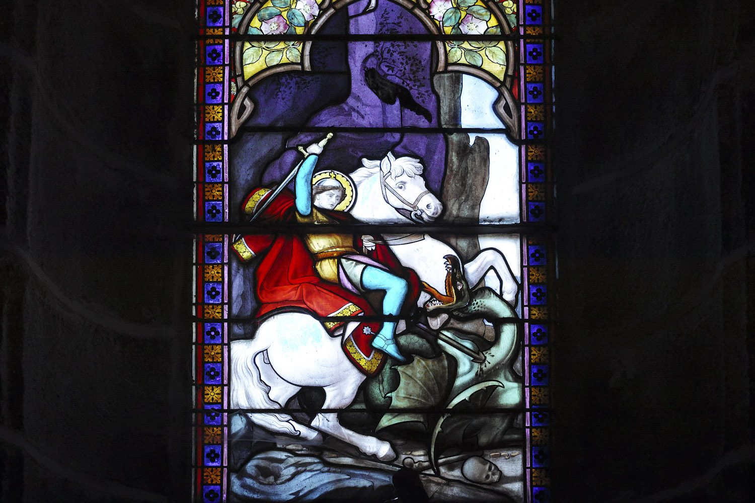 stained_glass_windows_cantal_france_finland_thevoyageur009