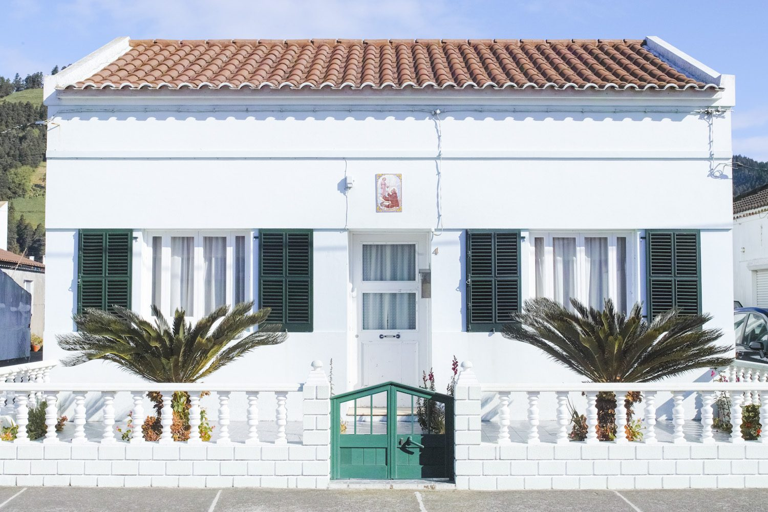 panorama_housesazores_portugal_thevoyageur02