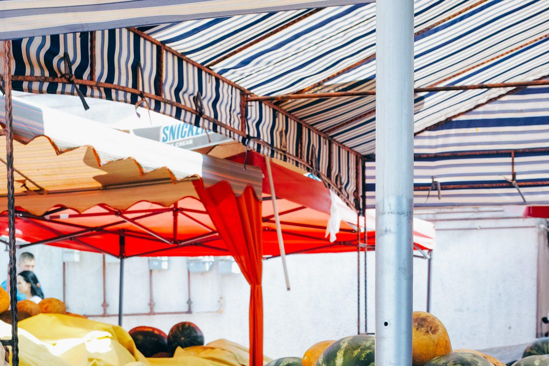 Sighisoara_market_romania_thevoyageur (9 sur 19)