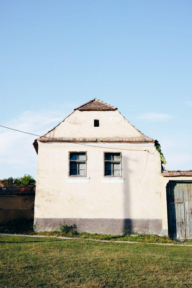 themood_sighisoara_county_transylvania_romania_thevoyageur020