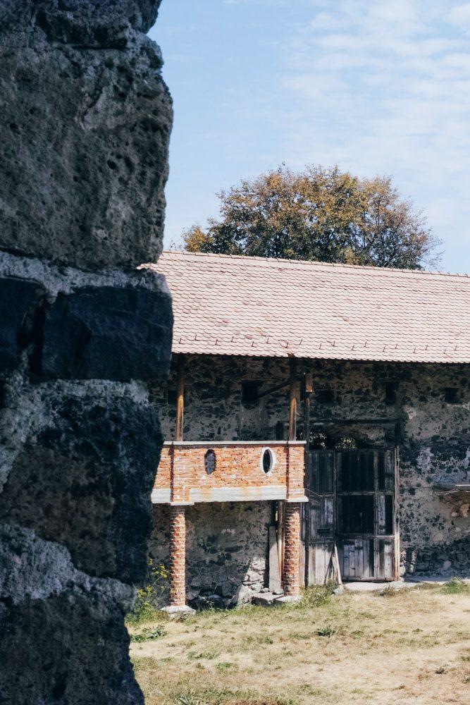 themood_sighisoara_county_transylvania_romania_thevoyageur022
